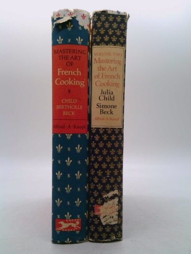 Mastering the Art of French Cooking (two-volume set)